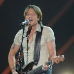 Keith Urban Announces Light the Fuse Tour Dates for 2014