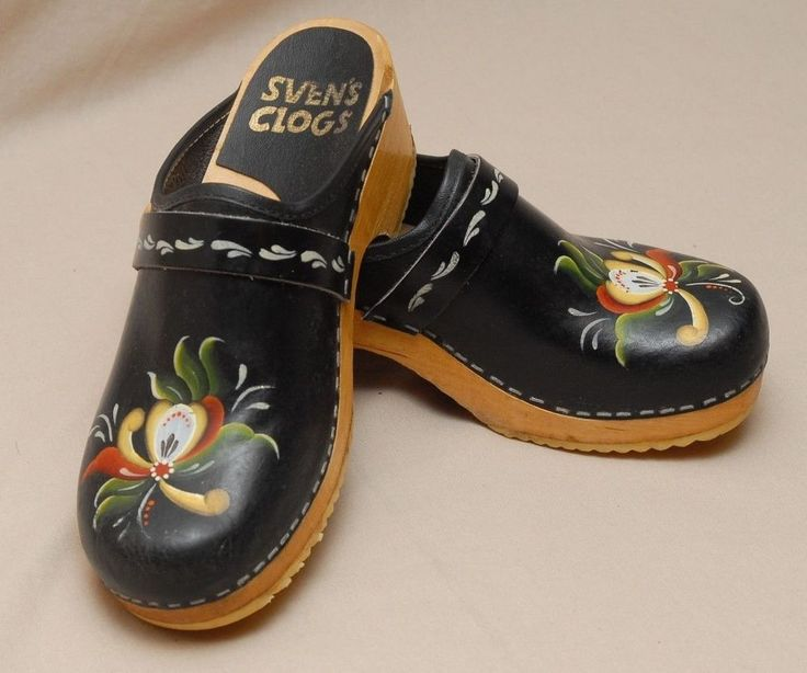Svens Clogs Black Leather Hand Painted Signed Balck Womens Shoes Size 38 / US 8  #Sven #Clogs