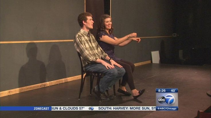 Organizers at the sketch comedy school say many of the same techniques they teach to budding actors and comedians can also help people with social anxiety and depression