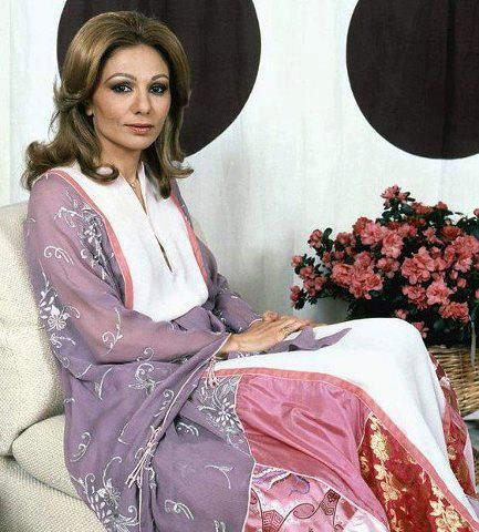 17 best images about the shah of iran on pinterest queen for Shah bano farah pahlavi