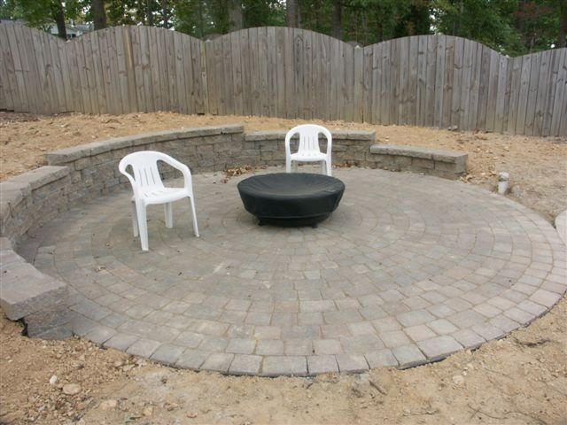 25+ best circular patio ideas on pinterest | round fire pit ... - Garden Patio Ideas