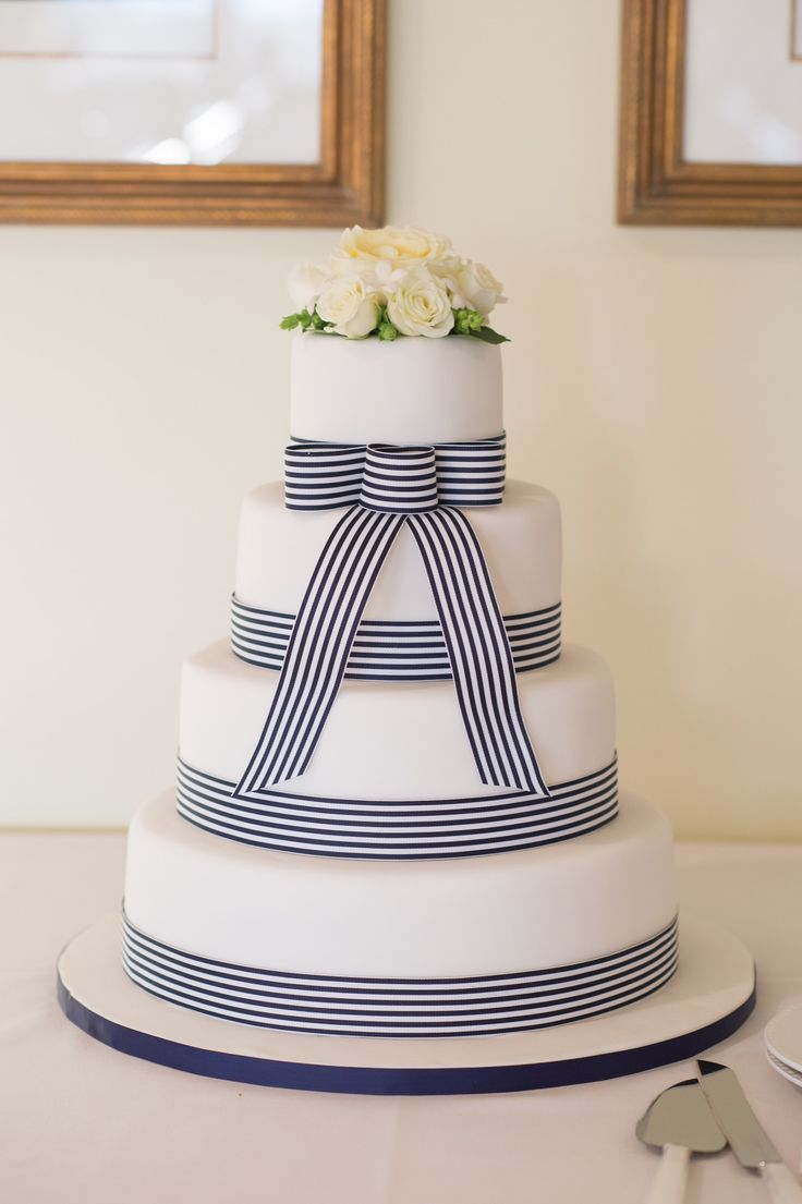 Billie holiday and louis mckay wedding cakes
