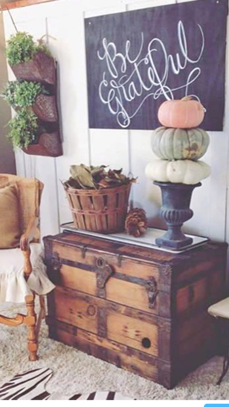 Fall Farmhouse decor inspiration