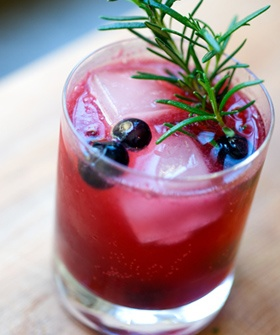 4 Spring Cocktails To Help You Beat The Weekend Heat
