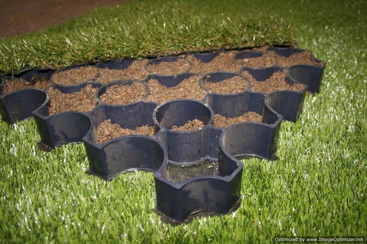 R Pave Grass Paver