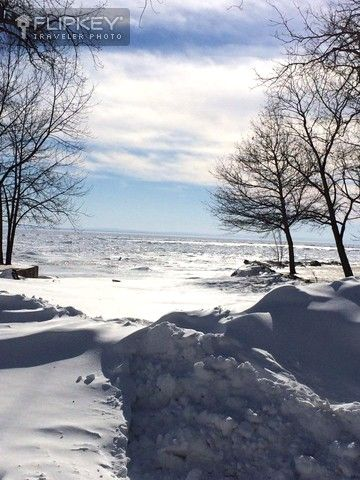 A beautiful winter scene outside our Crystal Hideaway cottage.