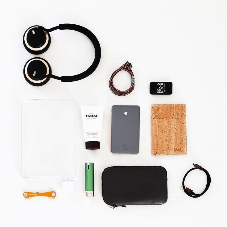 What's your travel essentials? ( by @giuseppe.zito )