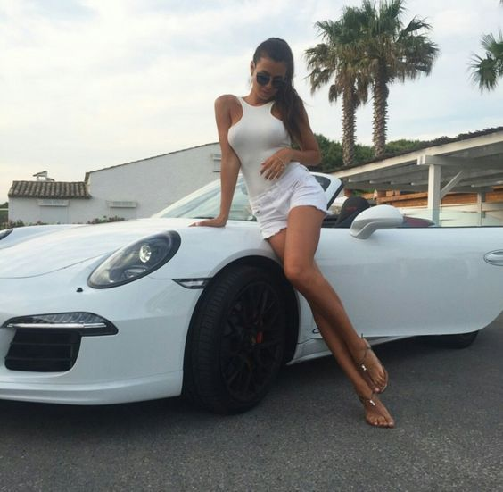 Automotive Car Show Girl Model 110