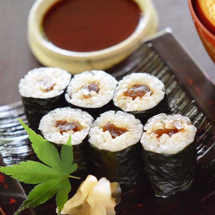 Kanpyou (dried gourd) Sushi roll inculuded vegetarian course  干瓢巻 ベジタリアンコースの一品  #kaiseki #cuisine #kitaohji #vegetarian #driedgroud #groud #suhi #sushiroll #rollsushi #makisushi #かんぴょう #干瓢 #かんぴょう巻 #干瓢巻 #寿司 #巻寿司 #ベジタリアン #japanesefood #instafood #foodpic #foodporn #japanesecuisine #authenticjapanesecuisine #dinner #yum #yummy #thonglor #bangkok #sukhumvit #อาหารญ by takashi.kitahara