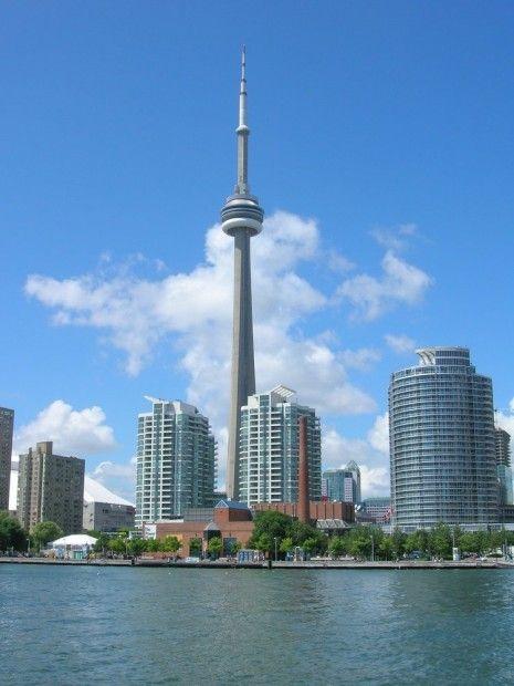 slapen in een wolkenkrabber - CN Tower Toronto #Travel - Divalifestyle