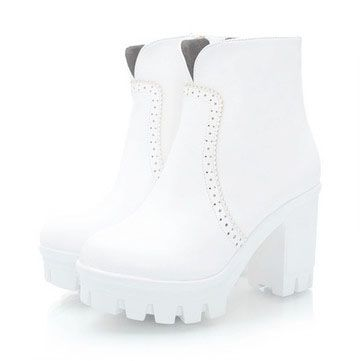 """springgette: """" White Boots Discount code: purplehyacinth """""""