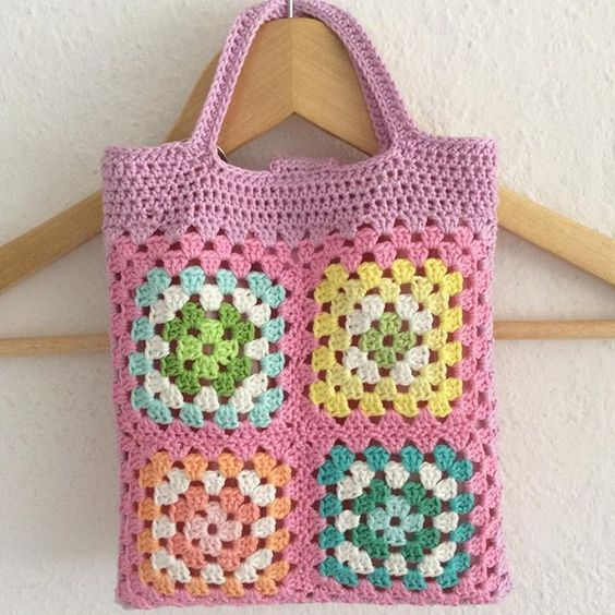 VIDA Tote Bag - Crochet Pinke 2 by VIDA