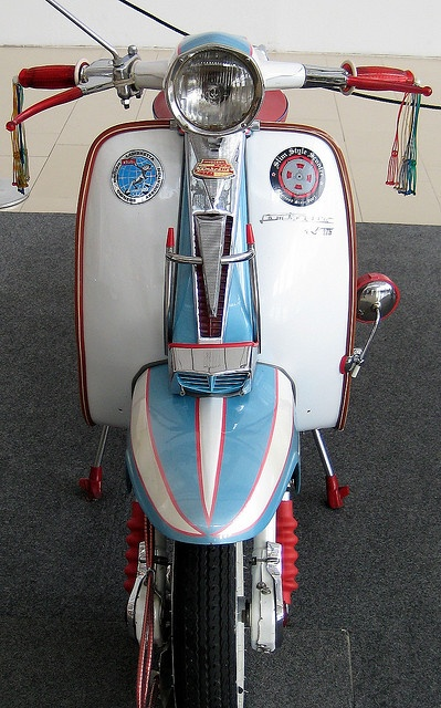 lambretta for my late partner rob, he was a md through and through! x