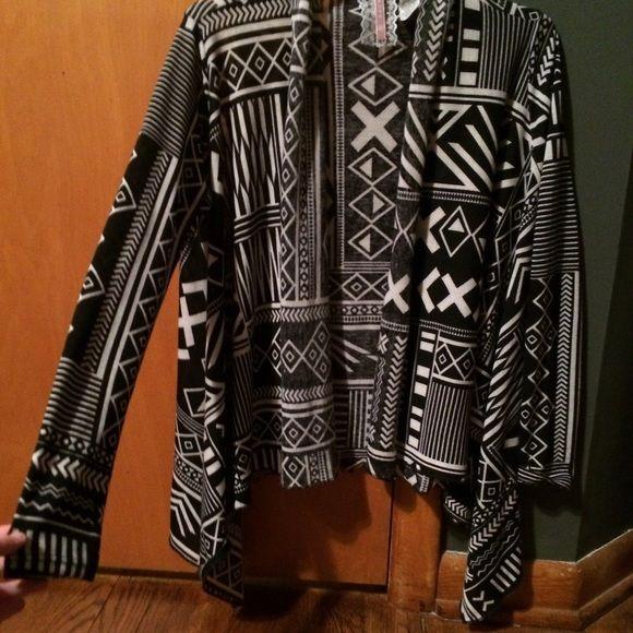 Tribal cardigan Super cute! Sweaters Cardigans