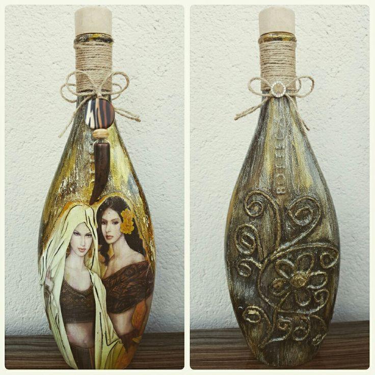 Likör şişesi
