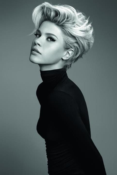 Longer on top, short along the sides and back. A creative dimension that you can't keep your eyes off of Via Womenstime.net