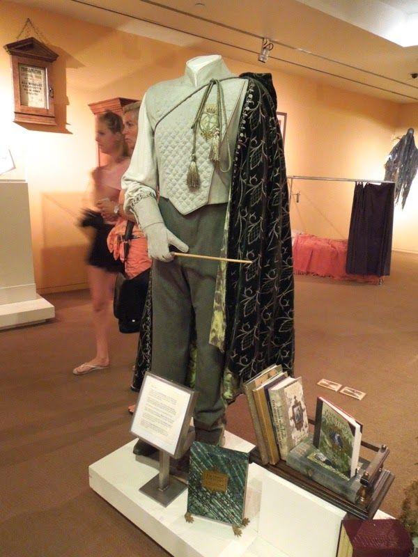 Kenneth Branagh Professor Gilderoy Lockhart costume Harry Potter and the Chamber of Secrets
