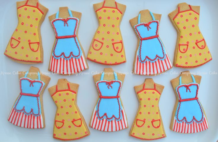 50's housewife apron cookies