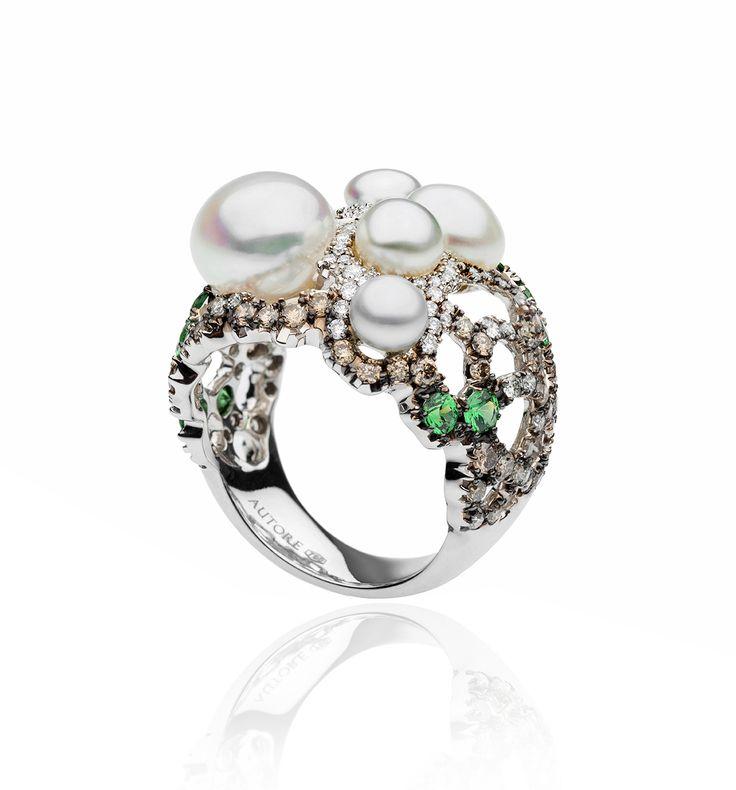 AUTORE Ring  18k White & Black Gold, Tsavorite Garnet, Diamonds and South Sea Keshi pearls  JR14030068