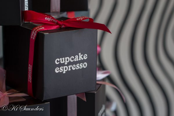 """L4M1AS3 The Business, """"Cupcake Espresso"""", ISO 200, 100mm, f/2.8, 1/50 sec, AV mode, macro lens, handheld, manual focus, WB auto. These are the gift boxes available for their cupcakes"""