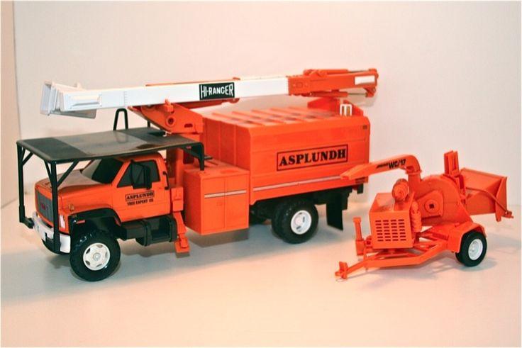 Asplundh Bucket Truck And Chipper Nib Replica Toy Made By