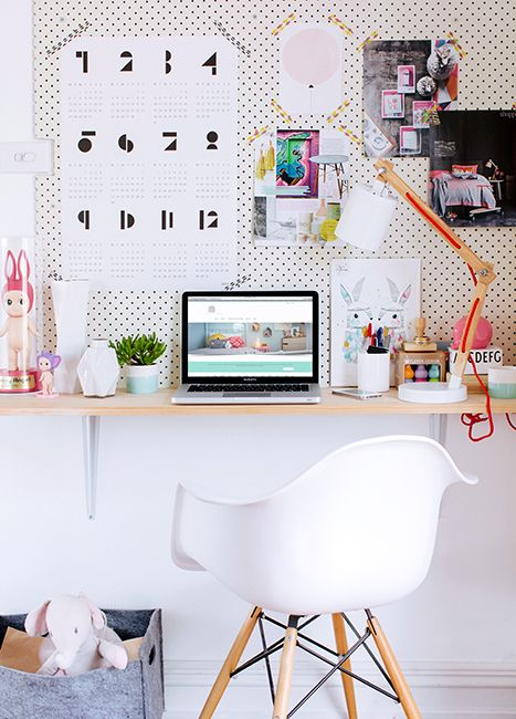 How To Style A Windowless Dorm Room
