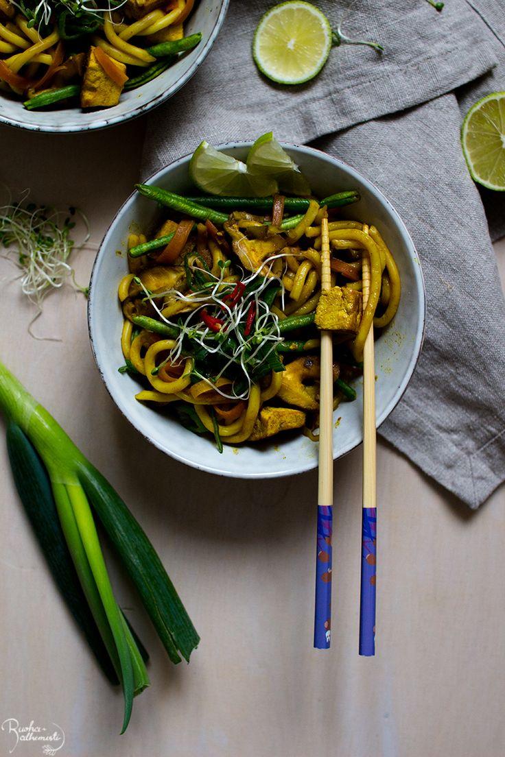Curry-udonnuudelit tofulla