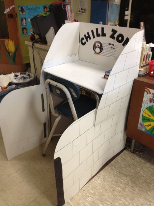 """My """"Chill Zone"""", an Igloo where my students can calm their minds and bodies when they are upset!!!"""