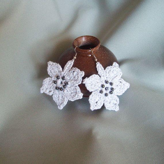 Crocheted Light-grey Cotton Flower Earrings,Crocheted jewelry with beads,Women.
