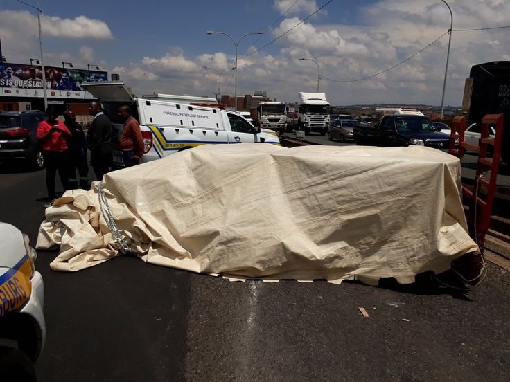 Multiple stillborn and adult corpses left stranded in open trailer on Jozi highway  Drivers in Johannesburg were left feeling ill as they drove past an open trailer stacked with corpses. The Health Departments have now had their say.  https://www.thesouthafrican.com/multiple-stillborn-and-adult-corpses-left-stranded-in-open-trailer-on-jozi-highway/