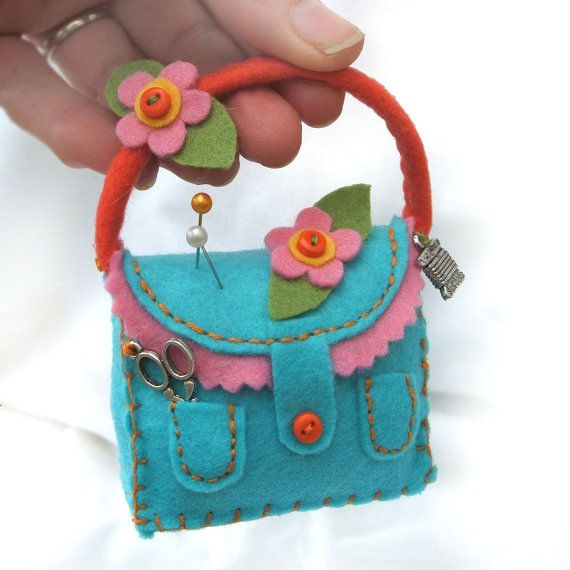 Really Cute!!! by @branchbeads  by Sarah Robertshaw on Etsy