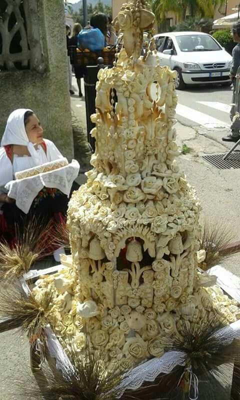 Pane pintau - Sagra degli agrumi a Muravera