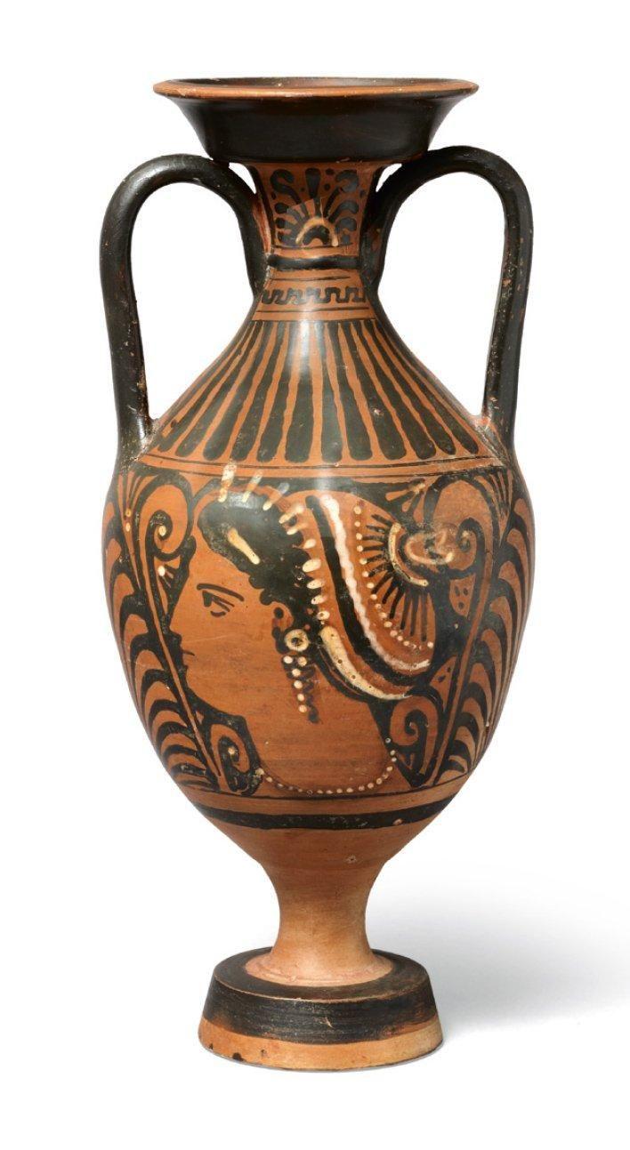 Apulian red-figure amphora. Magna Graecia, 4th century A.D.