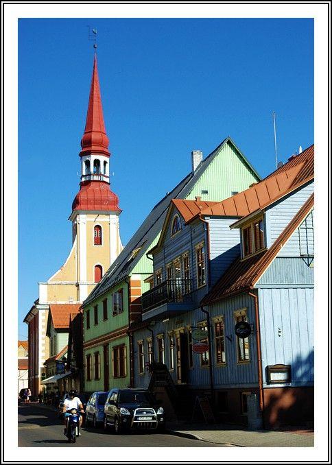 A street in Pärnu - Parnu, Estonia Copyright: Manu Sans Nom