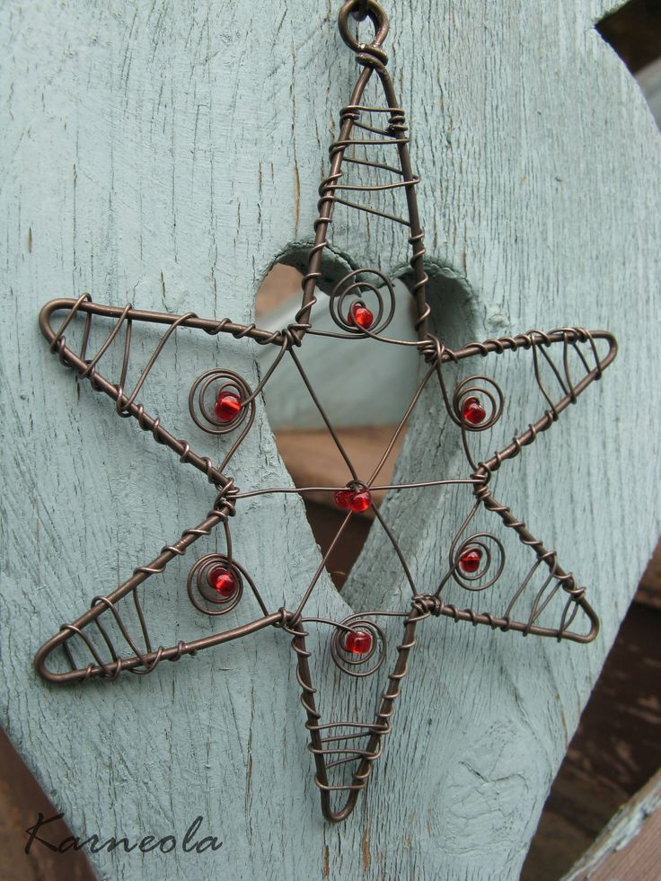 134 best Wire Ornaments images on Pinterest | Iron, Wire and Wire ...