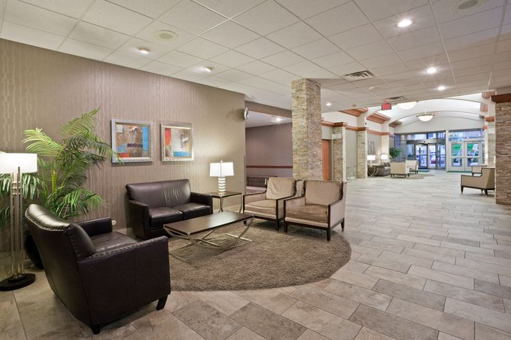 Sioux City Hotels With Pools
