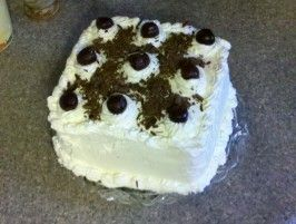 Authentic Black Forest Cake (Schwarzwald Kirsch Kuchen) --probably one of my favorite cakes ever! <3 Rana