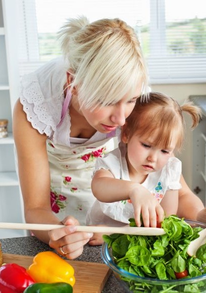 How To Raise A Veggie Lover! Ways on how to get your children to eat and love their vegetables! Read this article for really great tips on getting your kids to eat the nutritious food that they need