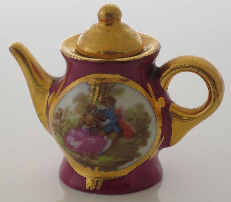 VINTAGE TREASURE - Burgundy and gold miniatures