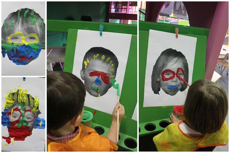 * Foto van het kind op een verfvel afdrukken en...schminken!