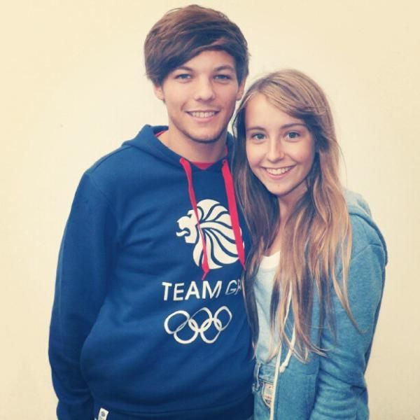 OMG I have that exact print on a T-shirt. Tom Daley and now LOUEH!? ASDFGHJKL -E