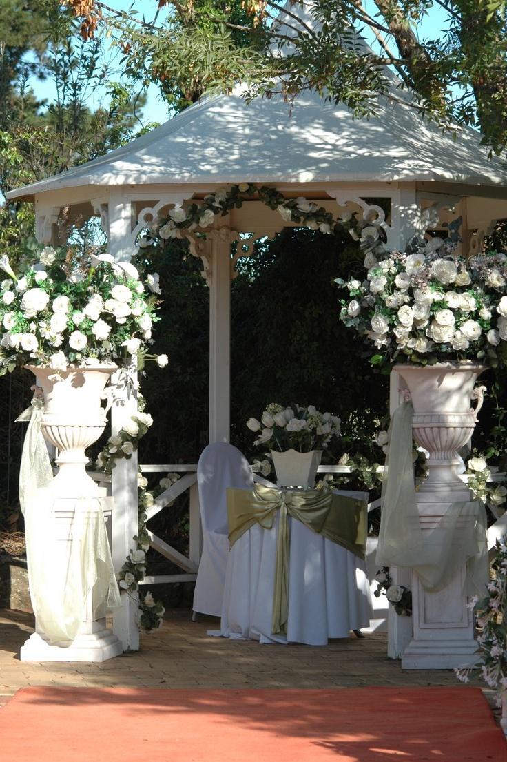 garden party wedding venues melbourne%0A Norwood House Wedding Receptions  Mt Eliza  Victoria    Photo GalleriesHousesMelbourne  WeddingGarden