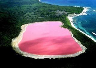 Необычайное розовое озеро в Австралии, фото