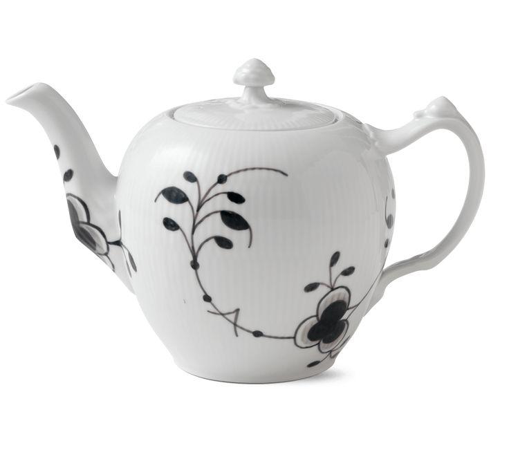 Black Fluted Mega Teapot