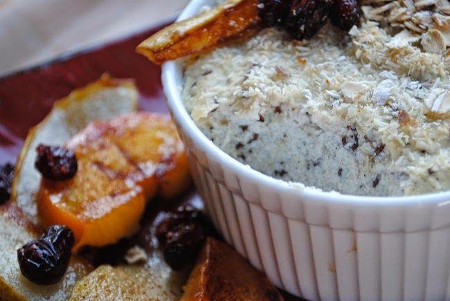 Kokosowo- waniliowy jogurt pieczony z karmelizowaną gruszką i kaki
