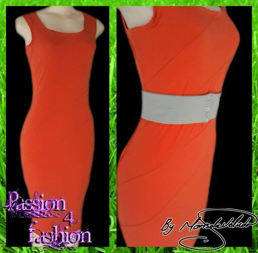 Orange smart casual knee length body hugging dress with angular panels. With a stretch beige clip on belt. Worn for a graduation. #mariselaveludo #casualwear #smartcasualwear #orangedress #passion4fashion