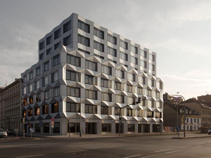 best architects architektur award // EM2N Architekten AG / Keystone Bürogebäude, Prag / best architects 13 / Büro- & Verwaltungsbauten