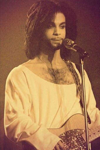 Prn...One of my favorite photos of my Prince.  <3