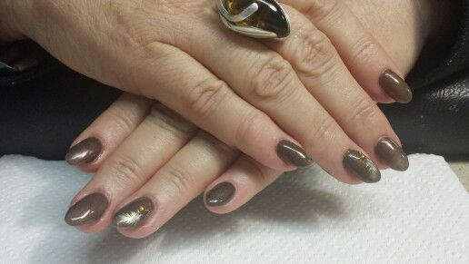 Brown with feather stamping feature