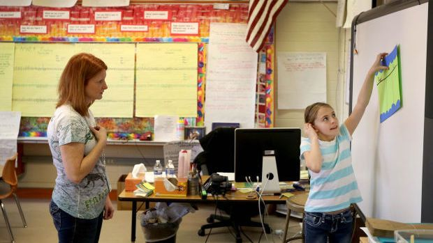 Enrollment numbers show trio of Casper elementary schools have lost more than 80 students in recent years | Education | trib.com  ||   Pineview Elementary School teacher Mindy McGlade works with student during a class in 2015. The school's enrollment has declined by more than 100 students since the 2012-2013 school year. File, Star-Tribune top…